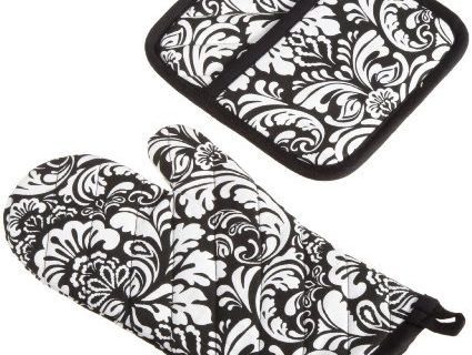 DII Cotton Damask Oven Mitt 12 x 6.5″ and Pot Holder 8.5 x 8″ Kitchen Gift Set, Machine Washable and Heat Resistant for Cooking and Baking-Black